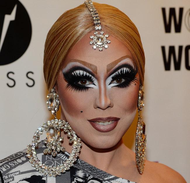 Så här vill väl ingen se ut!? (Ja, jag vet att det är en drag queen, men många tjejer verkar sträva efter den här looken!)